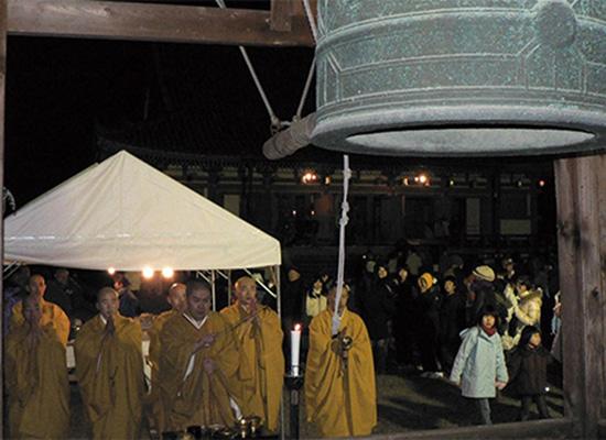 醍醐寺除夜の鐘撞き