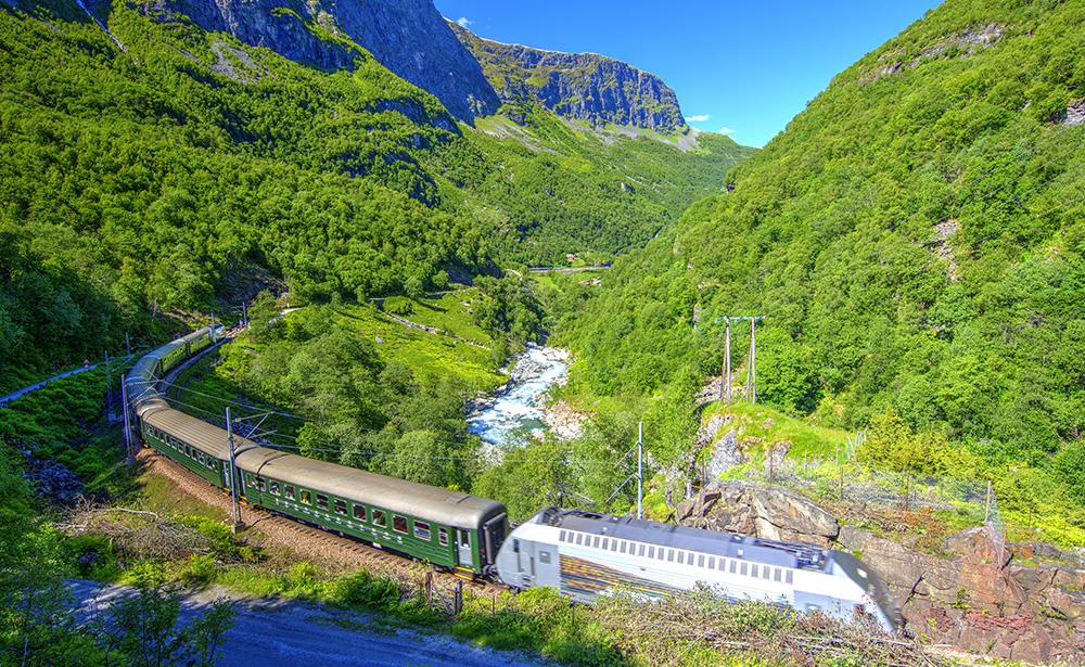 フロム山岳鉄道