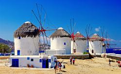 サントリーニ島・ミコノス島・ドブロブニクを巡る充実のエーゲ海・アドリア海クルーズ10日間
