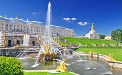 サンクトペテルブルクに停泊!夏のバルト海クルーズ10日間