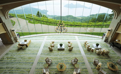【スイートフェア】人気添乗員の嶋田亜希子と行く 瀬戸内海ナイトクルーズと京都から北海道を巡る日本列島縦断の旅8日間